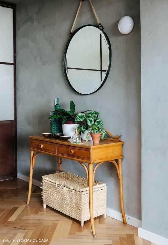 Aparador para sala de estar com espelho redondo combinando