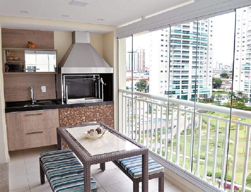 apartamento com área gourmet pequena e simples Foto Esquadrias Maximo