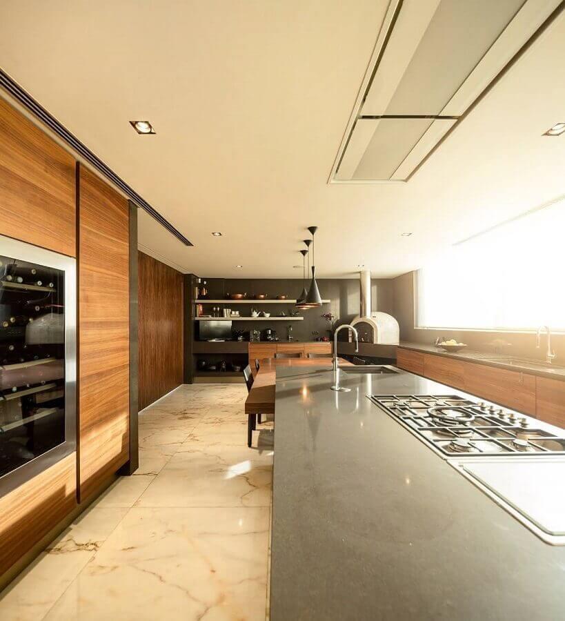 bancada gourmet para cozinha ampla e moderna planejada Foto Viviana Reis