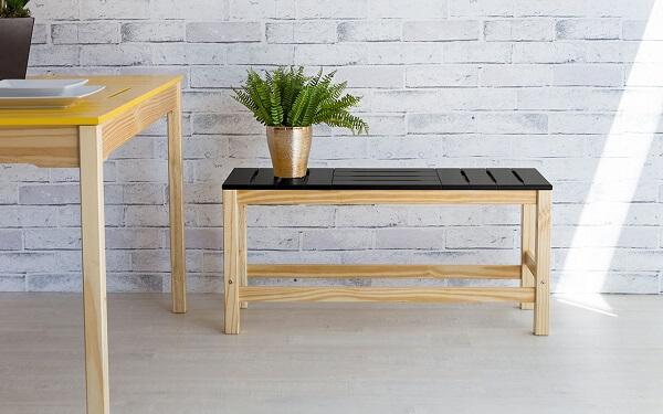 bancos de madeira para cozinha tons claros