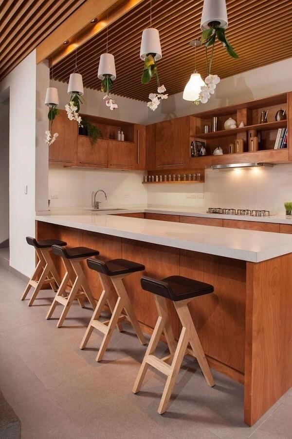 banquetas de madeira para cozinha estofada
