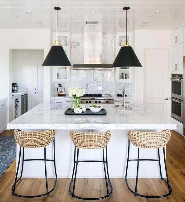 banquetas para ilha de cozinha de mármore branco