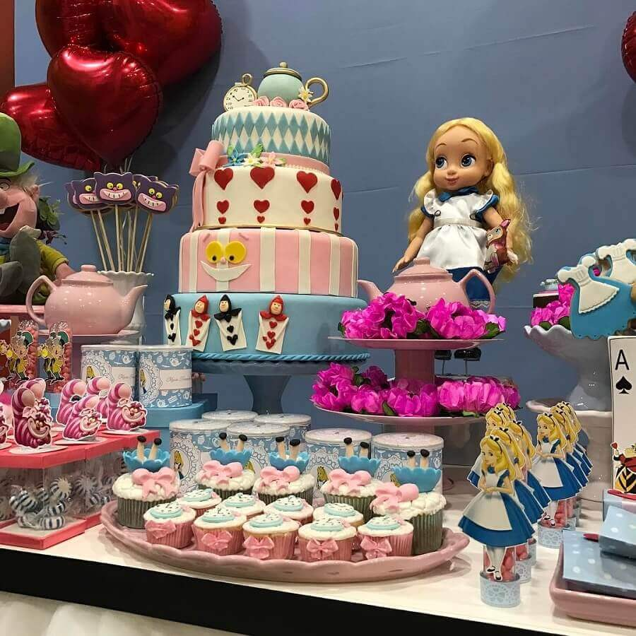 4 floor cake decorated for Alice in Wonderland children's party Photo Mix Parties