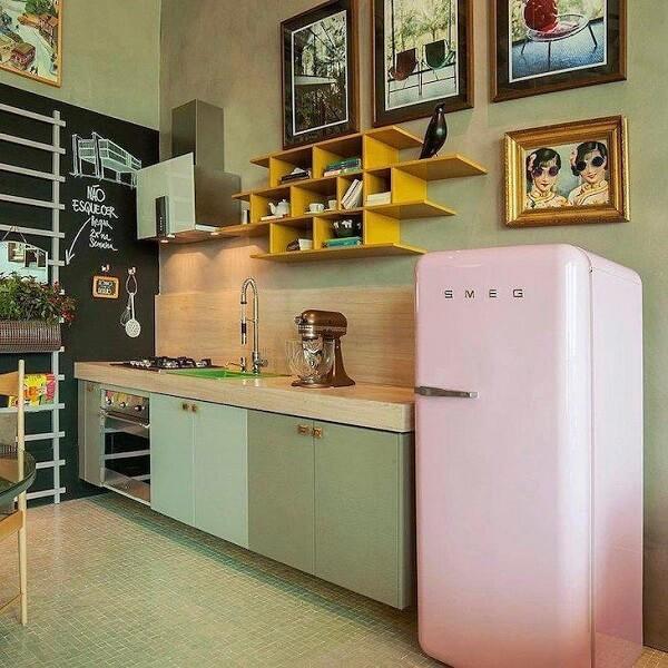 cozinha vintage verde e rosa