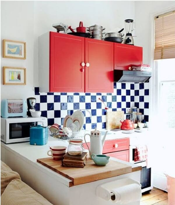 cozinha vintage azulejo branco e preto