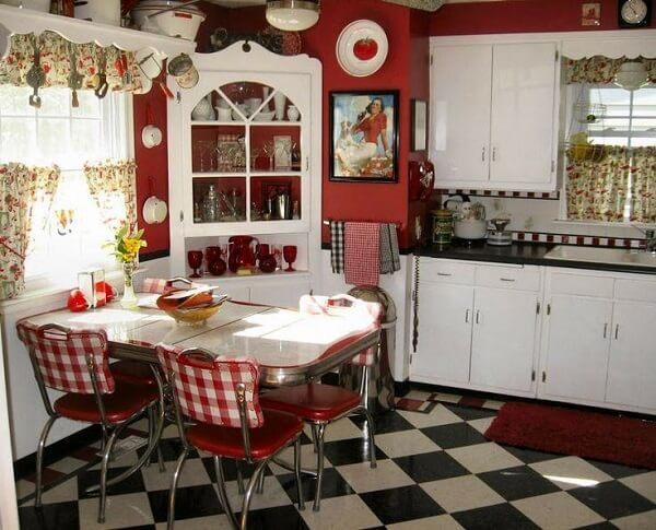 cozinha vintage vermelha e preta xadrez