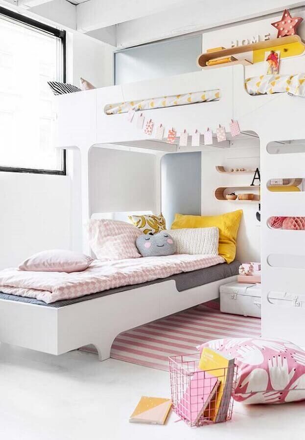decoração clean para quarto de menina planejado com cama beliche Foto We Heart It