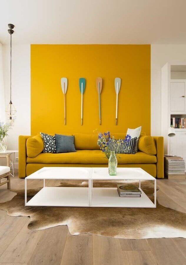 decoração clean para sala amarela Foto Assetproject