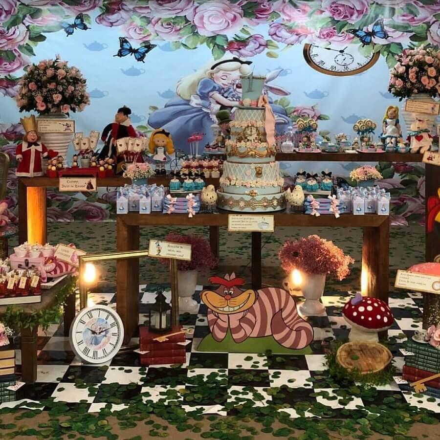 fifteenth birthday party decoration Alice in Wonderland Photo Happy Fest