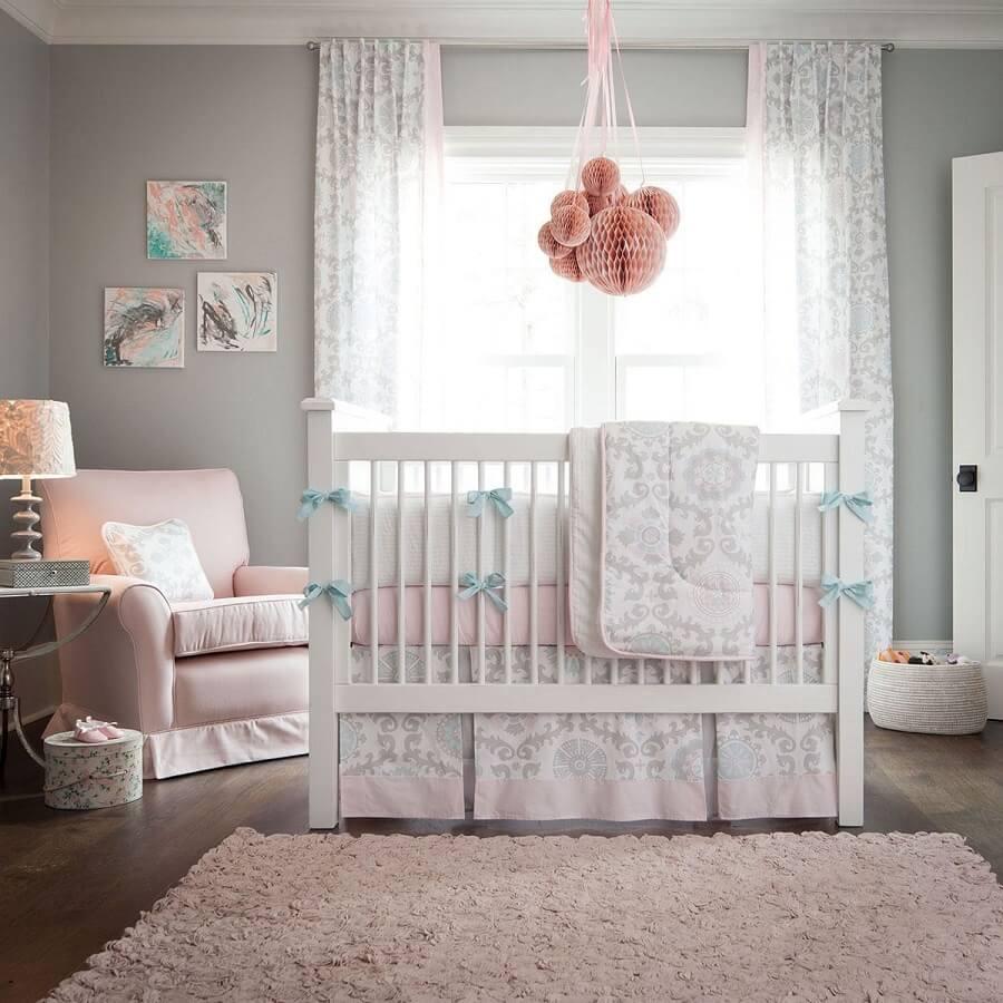 decoração de quarto de bebê cinza rosa e branco Foto House and Decors