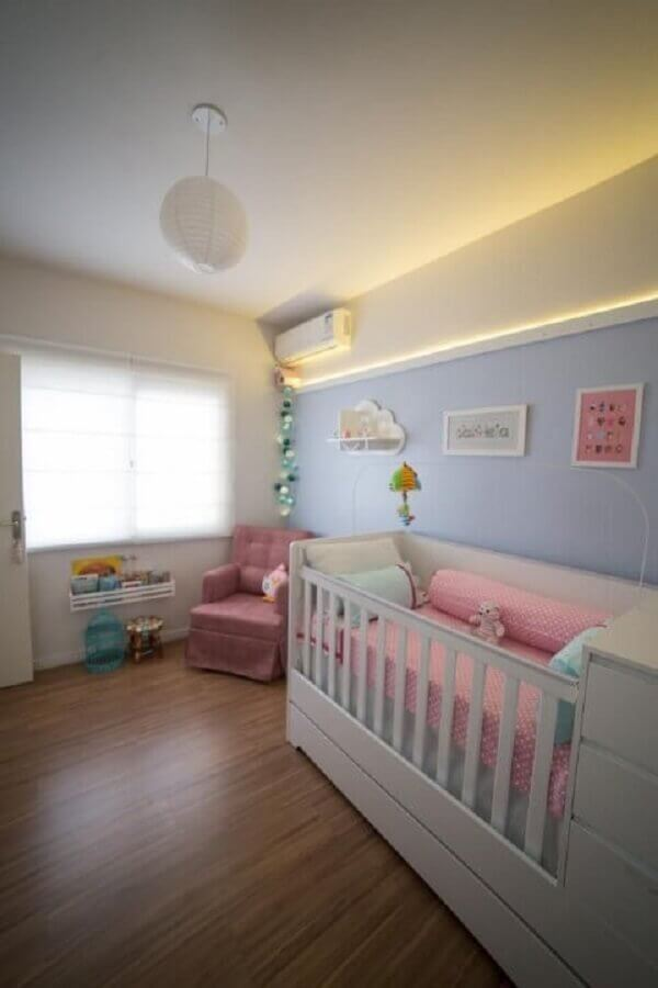 decoração de quarto de bebê rosa e azul Foto Studio Feijó