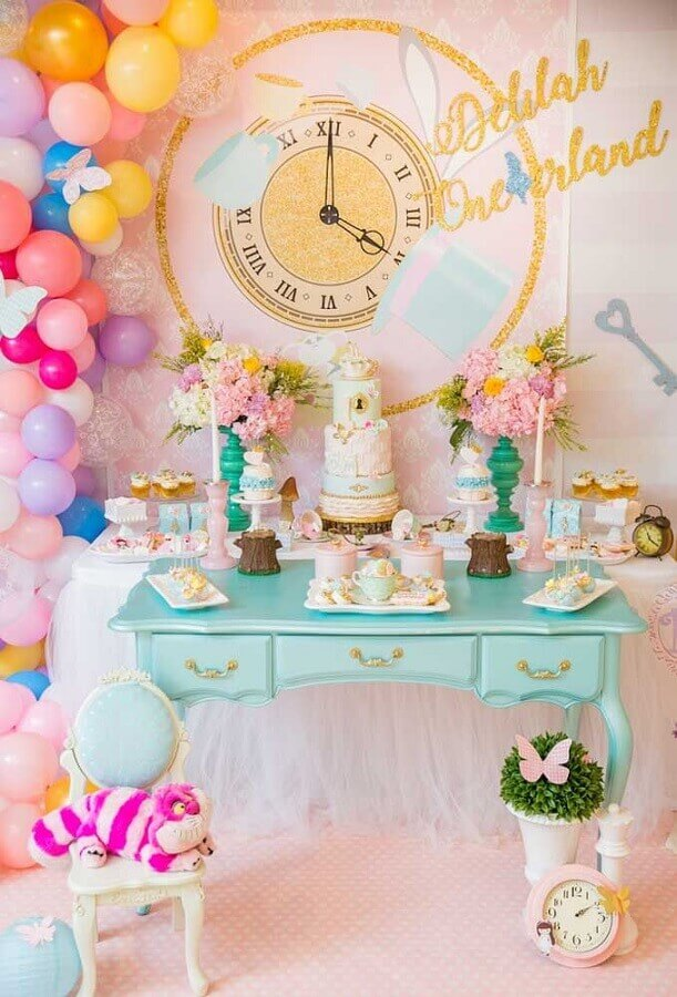 delicate decoration in pastel tones and with colorful balloons for alice party in wonderland Photo Catch My Party