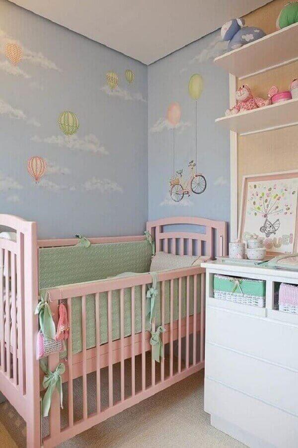 decoração lúdica para quarto de bebê rosa e azul Foto Pinterest