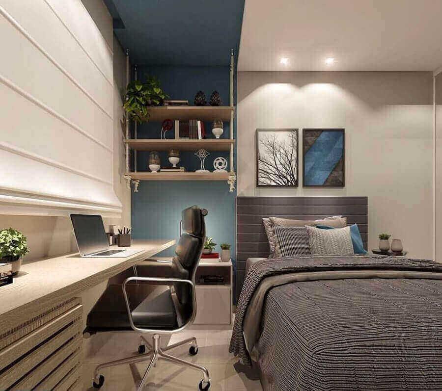 Quarto planejado moderno decorado com bancada para escritório em casa