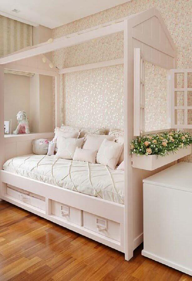 decoração romântica para quarto de menina branco e rosa Foto Pinterest