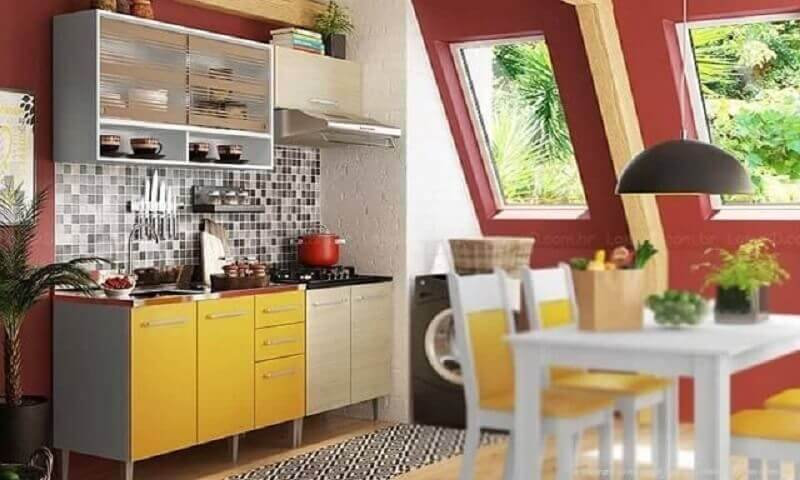 decoração simples de cozinha modulada com armários com portas amarelas Foto Lojas KD