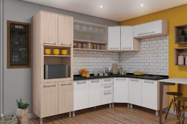 decoração simples para cozinha modulada de canto  Foto Móveis Henn