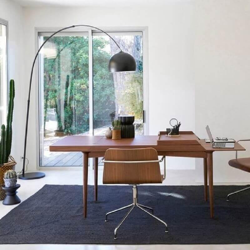 design moderno de mesa de madeira para escritório Foto Eu Amo Decoração