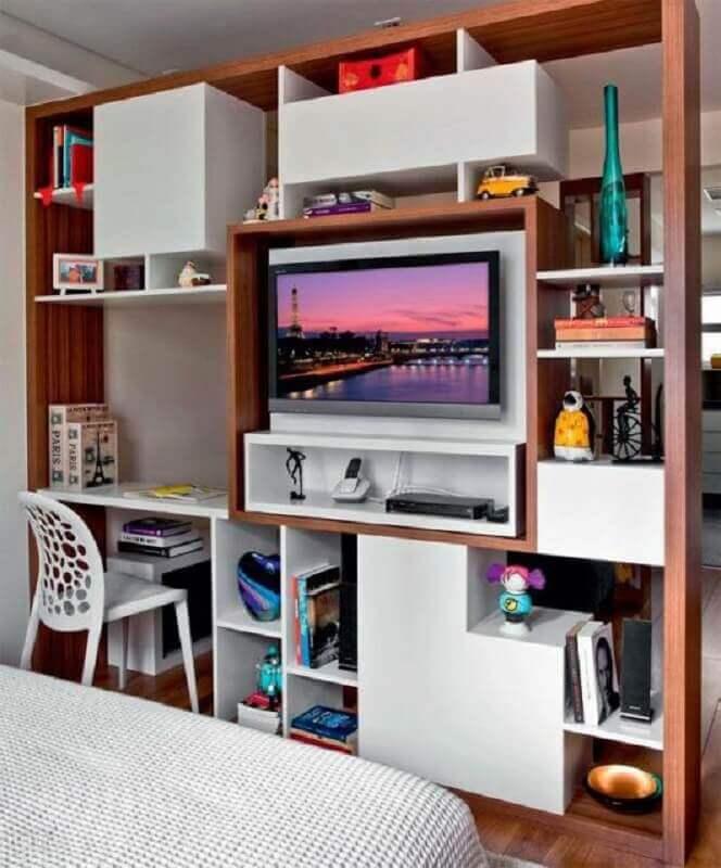 escrivaninha com estante de madeira e branca Foto Ideas Perfectas