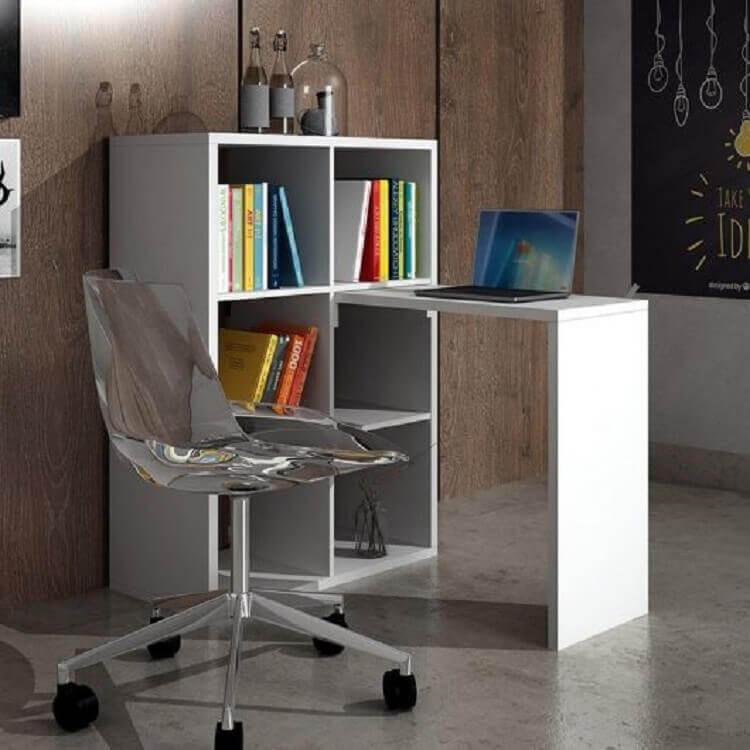 escrivaninha com estante simples e pequena Foto Webcomunica
