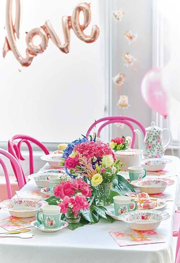 Alice party in Wonderland simple with romantic decoration Photo Catch My Party