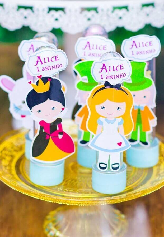ideas for Alice in Wonderland children's party Photo Pinterest