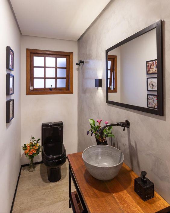 Janelas de madeira para banheiro pequeno