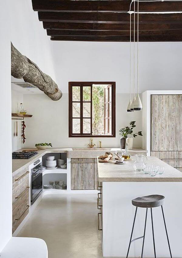 Janela de madeira para cozinha branca