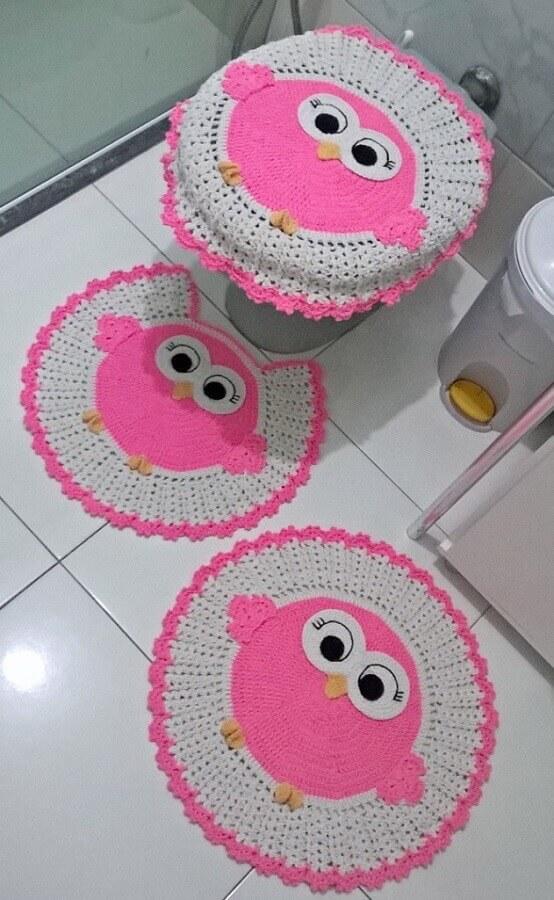jogo de banheiro de coruja rosa Foto Carol Crochê Decor