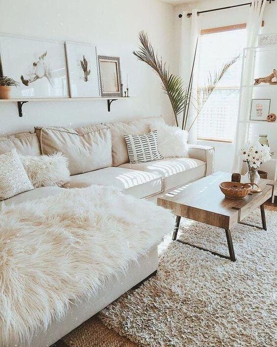 Manta para sofá bege e clean