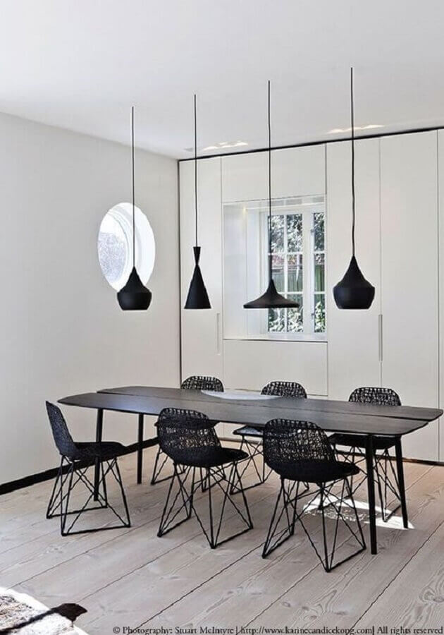 mesa com cadeira preta moderna para sala de jantar minimalista Foto Futurist Architecture