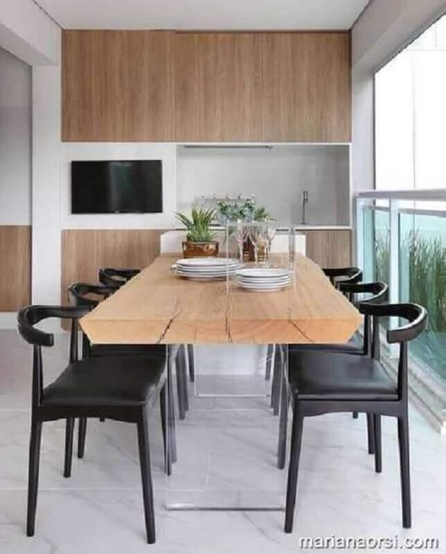 mesa com cadeira preta para varanda clean Foto Mariana Orsi