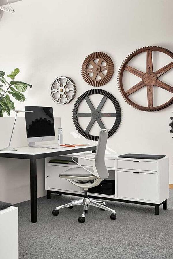 mesa de escritório com armário simples Foto ArchZine