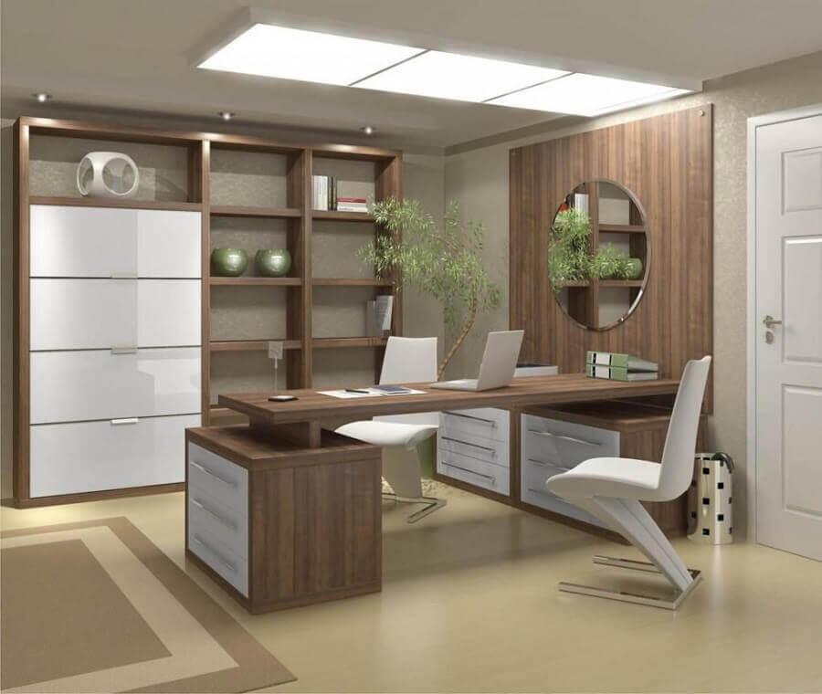 mesa de madeira para escritório com gavetas Foto Total Construção