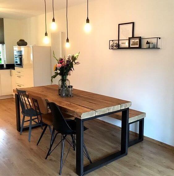 Mesa de madeira rustica para sala industrial