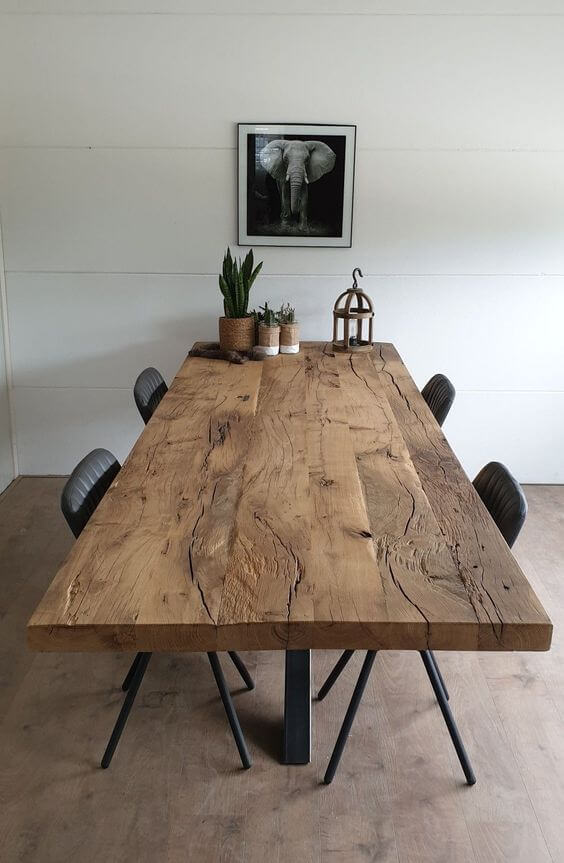 Mesa de madeira rústica estilo industrial
