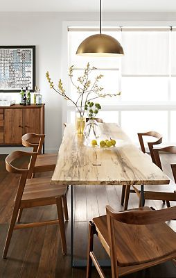 Modelo de mesa de madeira rustica