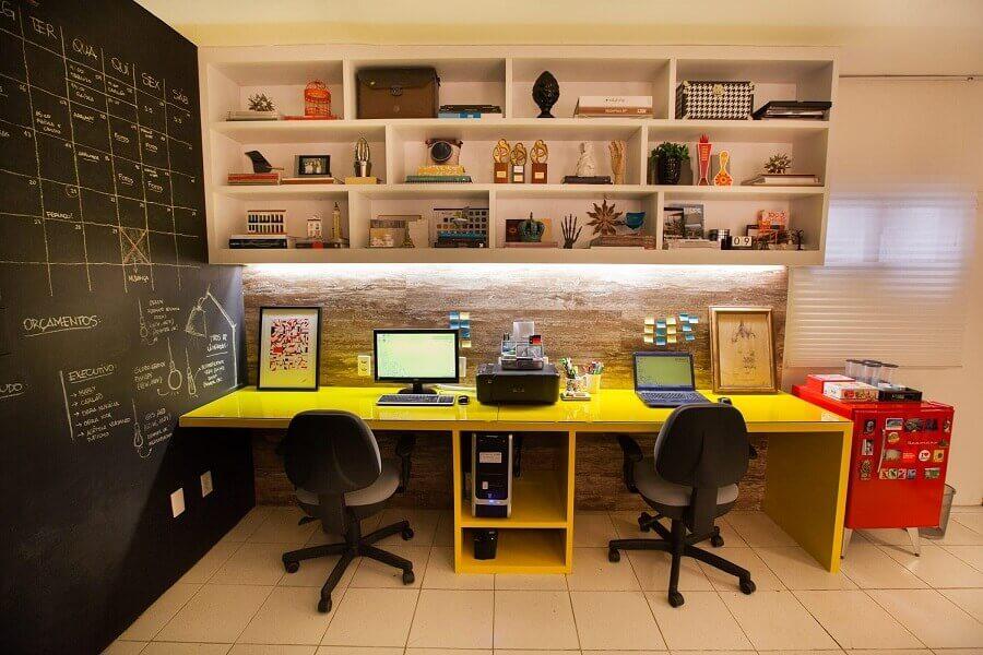 modelo de mesa para escritório planejado amarela Foto Dicas de Mulher