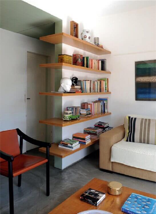 modelo de prateleira de canto para sala Foto Apartment Therapy