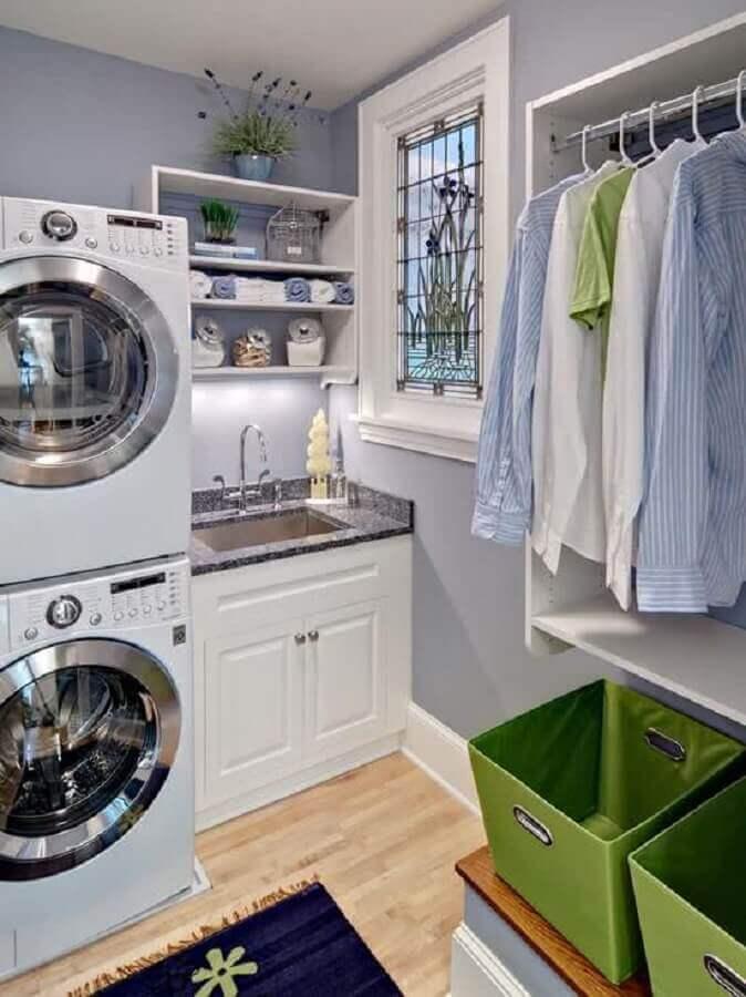 modelos de lavanderia planejada com cabideiro Foto Pinterest