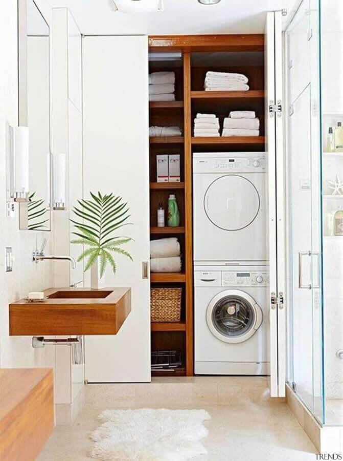 modelos de lavanderia planejada dentro de armário Foto Antic&Chic