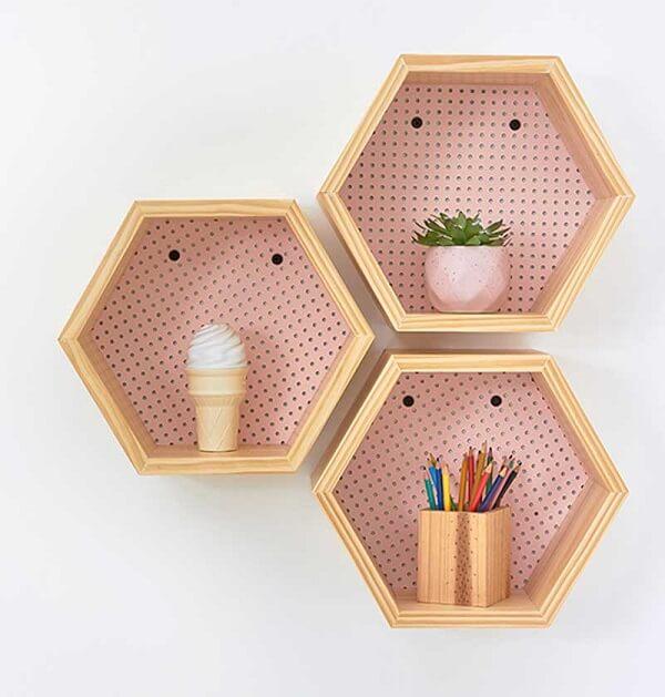 nicho colmeia hexagonal furinho rosa