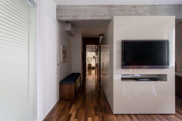 Painel para tv branco e funcional