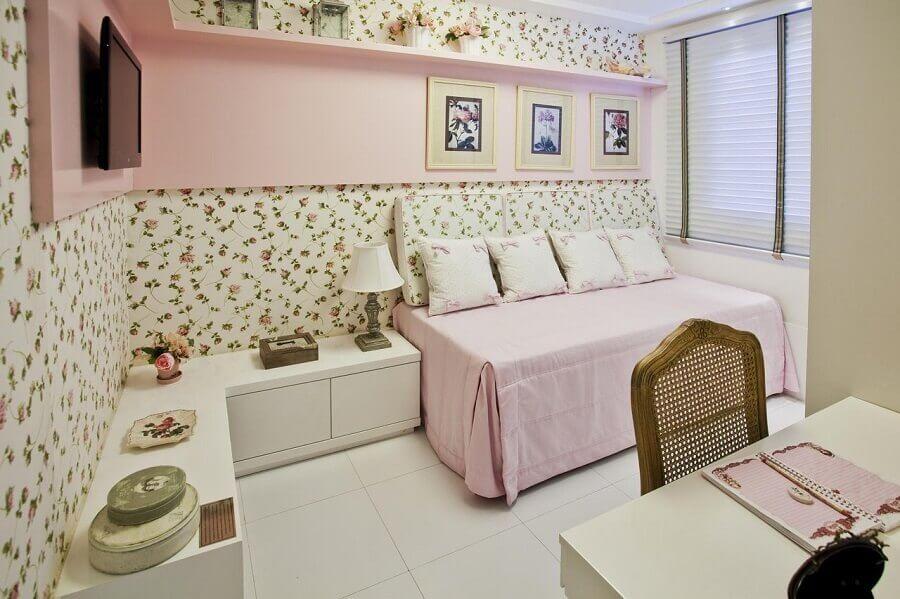 papel de parede floral para decoração de quarto de criança menina planejado Foto Conceição Estrela Pinto Barbosa