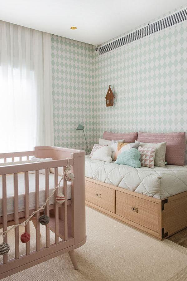 papel de parede para quarto de bebê verde e rosa Foto Casar É...