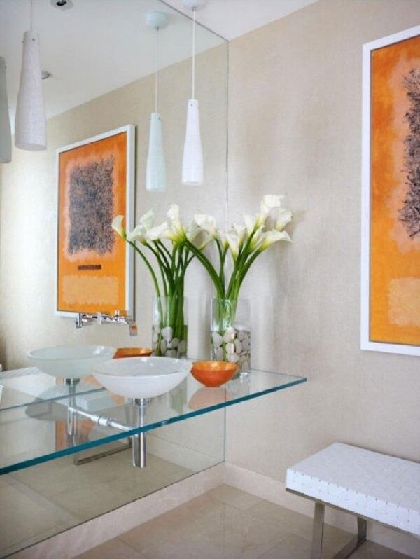 pia de banheiro de vidro e gabinete de vidro
