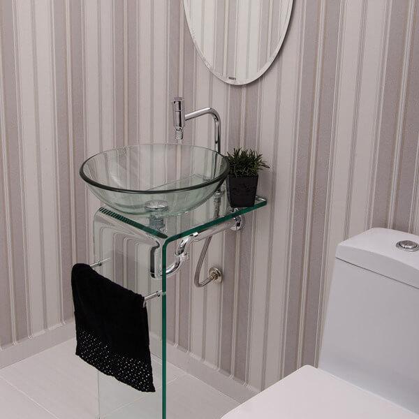 pia de banheiro de vidro toalha preta