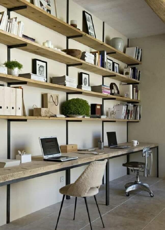 prateleiras de madeira para escrivaninha com estante Foto Pinterest
