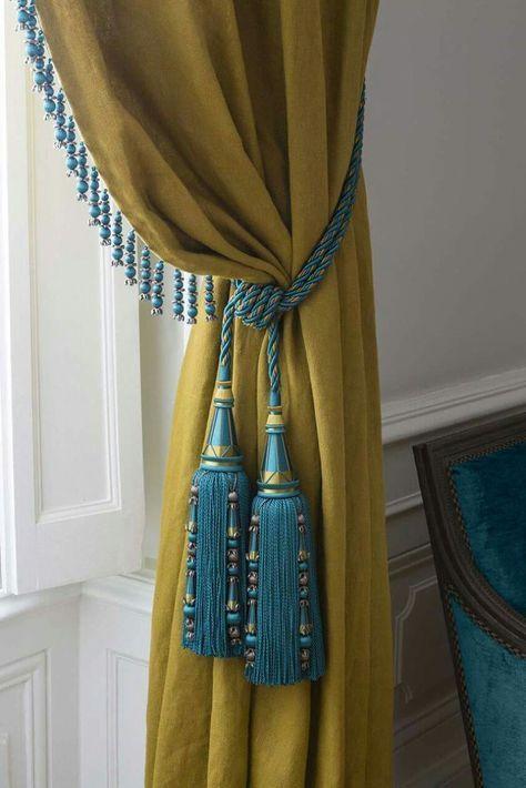 Prendedor de cortina azul e amarela