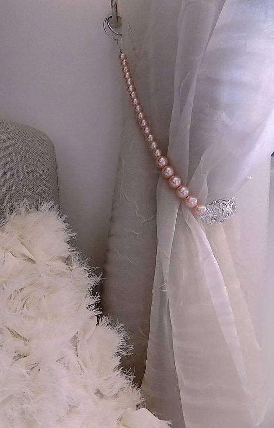 Prendedor de cortina com pérolas